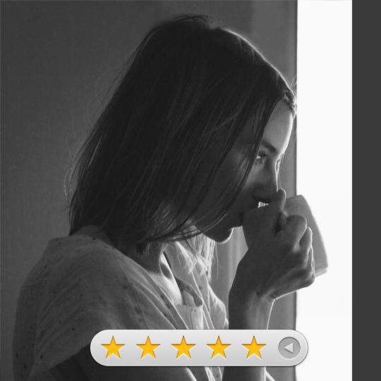 5 Stars Amazon review Las Tantas Que Hay De Mí
